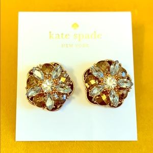 Beautiful Kate Spade Fame and Flower studs!